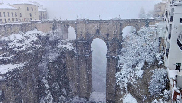 IN PICS: Historic town of Ronda cut off as cold front reaches Costa del Sol