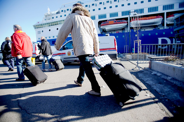 Norway extends border controls through May