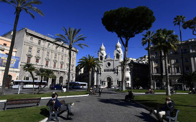 Italy must step up reforms to tackle poverty and inequality: OECD