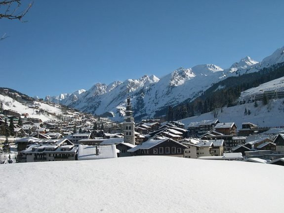 British pair left for dead after 'hit and run' in French Alps ski resort