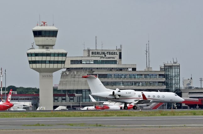 1,000s to strike at Berlin airports, causing cancellations and delays