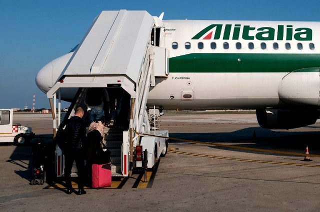 Calls for strikes as Alitalia plans to cut one fifth of its staff