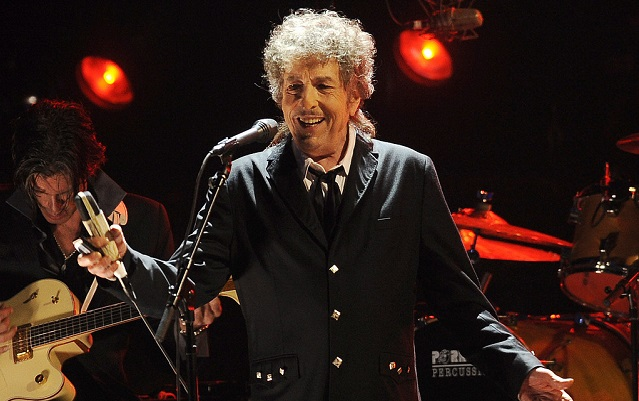 Sweden still doesn't know if Bob Dylan will give a Nobel talk