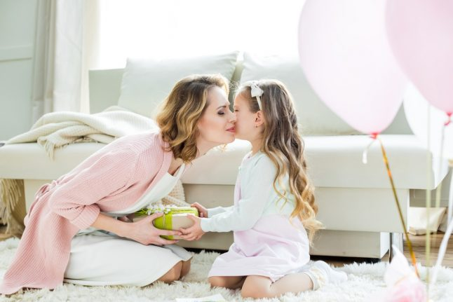 6 ways to spoil mum without breaking the bank