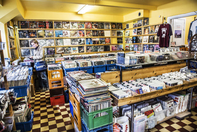 Streaming leads music sales boom in Sweden as vinyl surges