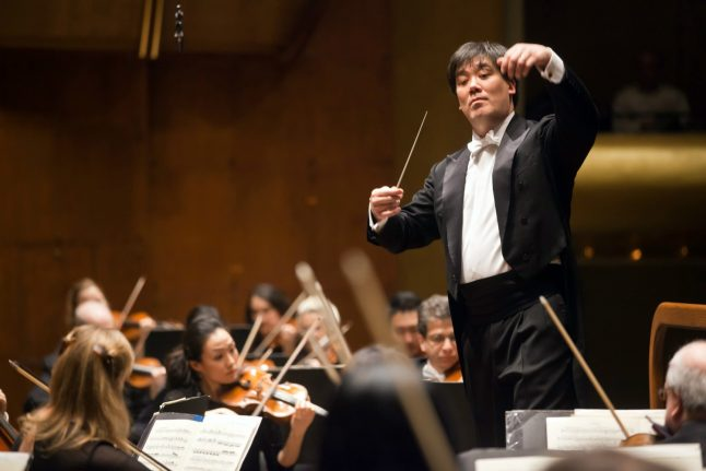 New York conductor Gilbert to lead Hamburg's ambitious orchestra
