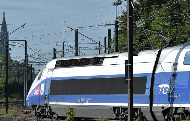 Actor rehearsing lines in French TGV train toilet is mistaken for terrorist