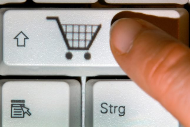 Limit online shopping on Sundays to protect workers, demands Green Party
