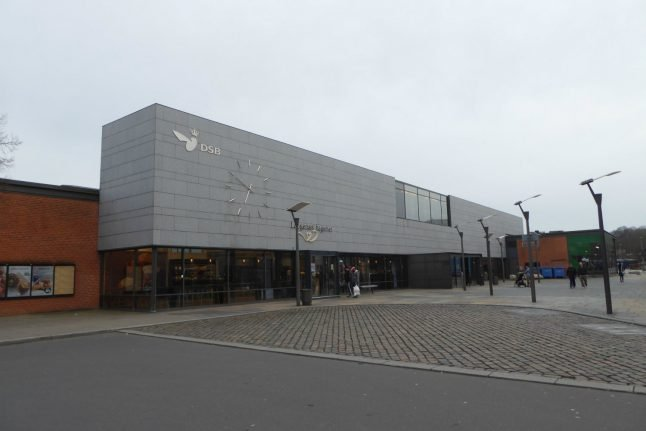 Danish rail station evacuated after abandoned baggage discovered