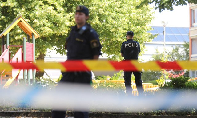 Gothenburg man charged with killing his three children and their mother