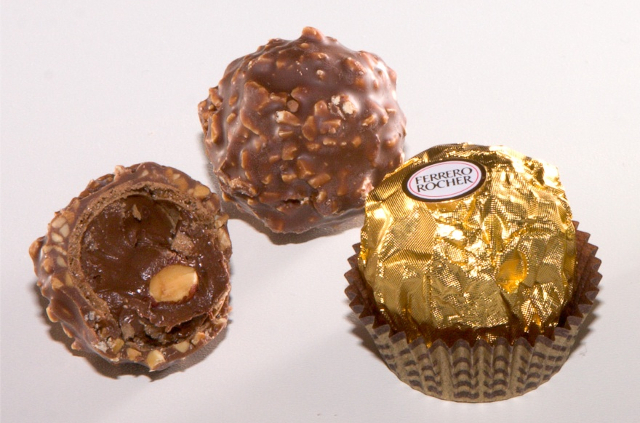 Thieves make off with four tonnes of Ferrero chocolate in southern Sweden