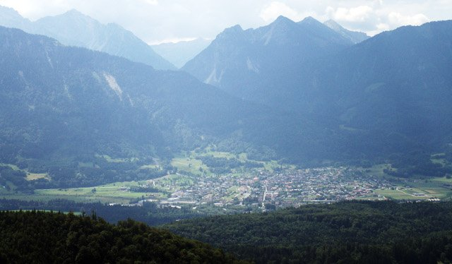 Austrian toddler dies after being left in a hot car