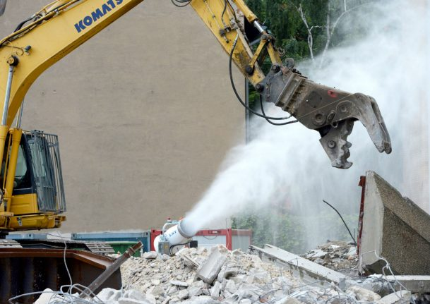 Illegal demolition of historic Munich building angers city mayor