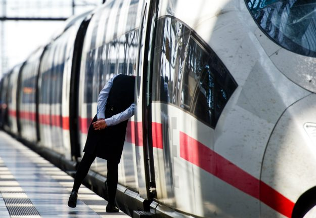 Test phase begins for train tickets free from hassle of conductor
