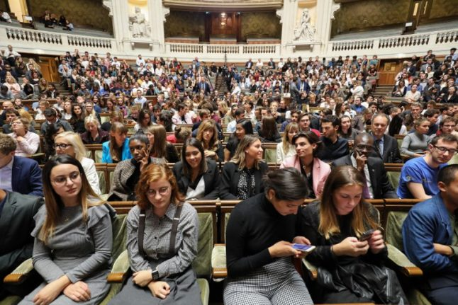 French university admissions: Shake-up broaches selection taboo