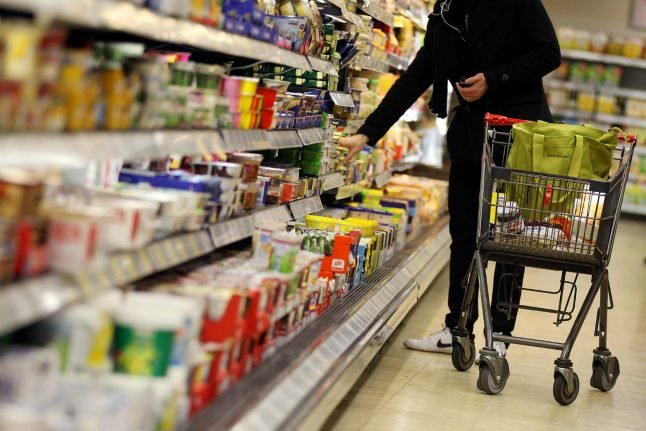 Tax hike could spark Dutch invasion of German supermarkets