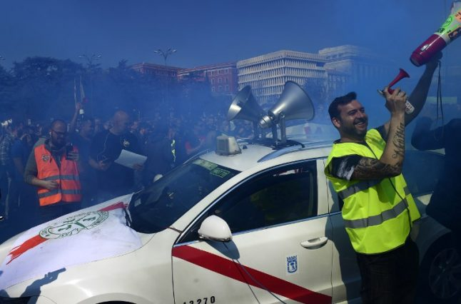 Madrid taxis are striking again over Uber and Cabify