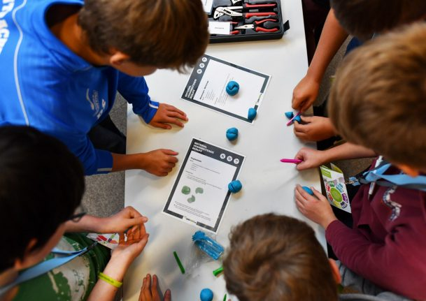 German schoolkids are strong at solving problems as part of team: study