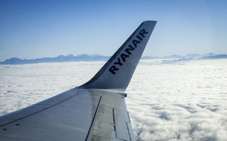 Italy moves to fine Ryanair over flight chaos