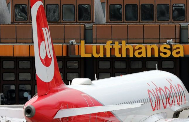 Watchdog accuses Lufthansa of price hikes in wake of Air Berlin bankruptcy
