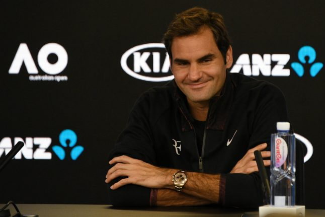 Roger Federer says he's too old to be Australian Open favourite