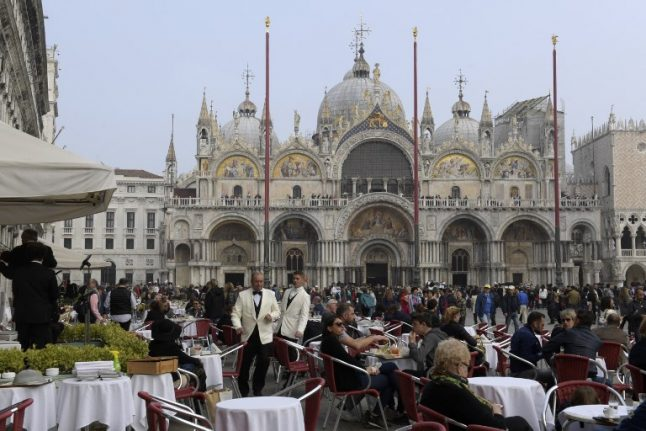 Venice restaurant that overcharged tourists fined more than €10,000