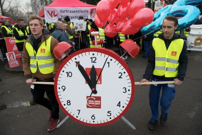 Time over money? Germany's largest union defends 28-hour week