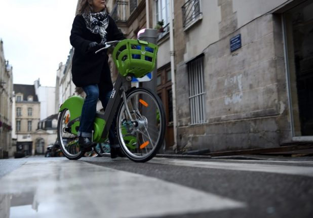Firm behind Paris bike hire chaos slapped with million-euro bill