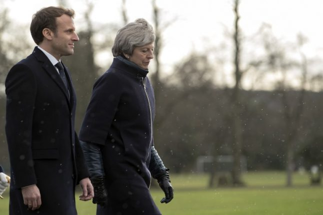 UK to accept 260 unaccompanied minors from France