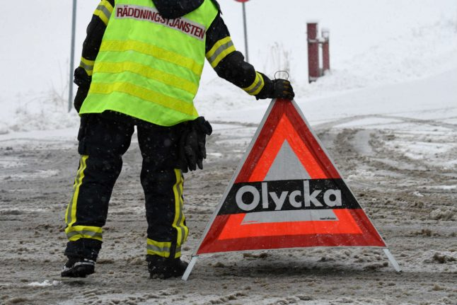 Two injured in bus accident in Swedish mountains