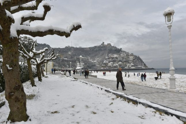 IN PICS: Spain's big freeze means people are skiing to work in San Sebastián
