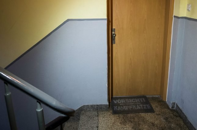 Duisburg pensioner lies dead in flat for three years before being found