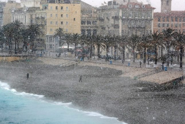 In Pictures: French Riviera hit by snowfall