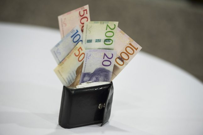 Sweden keeps record-low interest rate