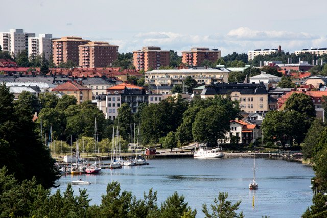 Jail time for jewellery store robbers who were stalled by civilians in Sweden