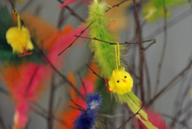 Swedish municipalities wing Easter decorations without feathers
