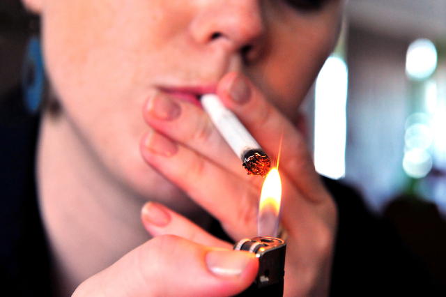Politician fights against smoking ban on Swiss rail station platforms