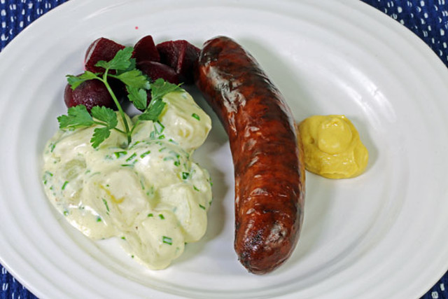 Recipe: How to make simple Swedish potatoes in chive sauce