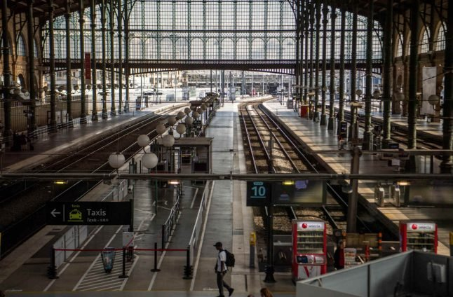 Striking French rail unions to hold vote over reform plans