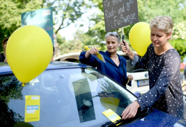 Balloons and spray cream: nationwide campaign launched against illegal parking