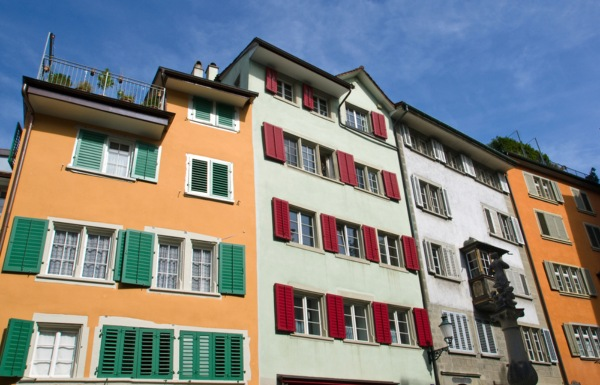 Swiss red tape: court rules against retirees' 'flashy' orange house