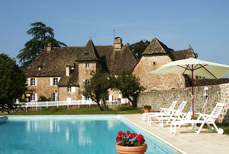 Stunning €1.7 million French chateau up for grabs for just €11