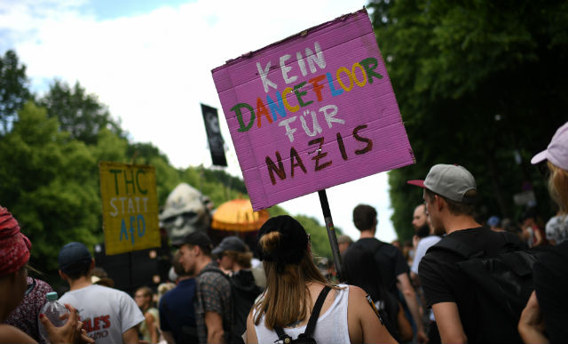 Thousands square off in Berlin far-right rally and counter demos