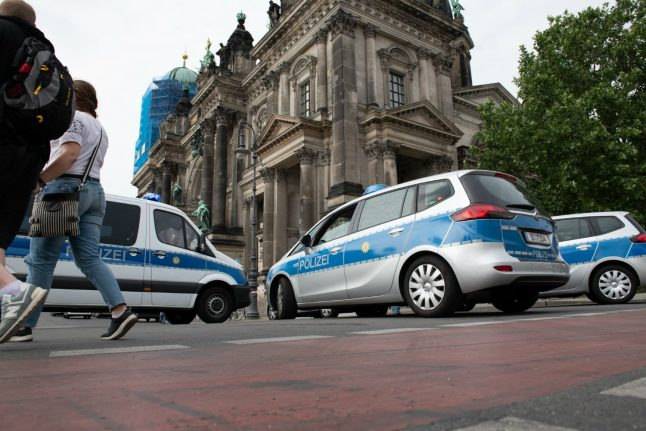 Police shoot knife-wielding man at Berlin Cathedral, 'terror' ruled out