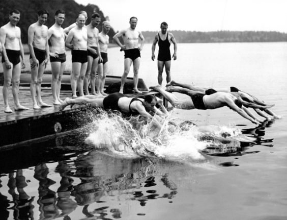 IN PICTURES: Ten historic images of Swedes on vacation over the years