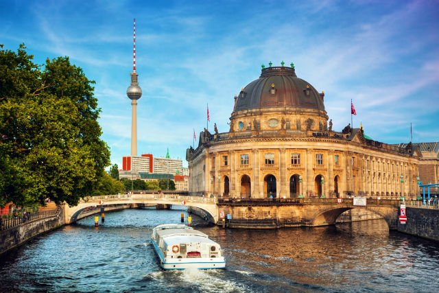 Travel while you learn at this European business school