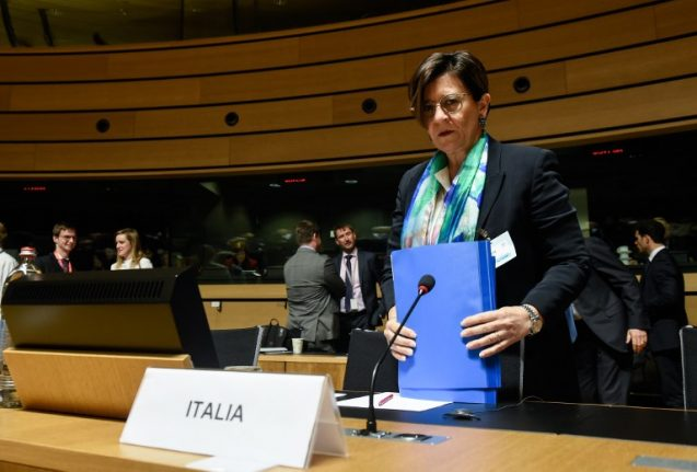 Italian defence minister criticizes French plans for Libya