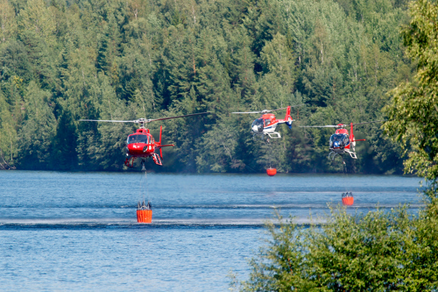 Italian water bombers to help fight wildfires in Sweden