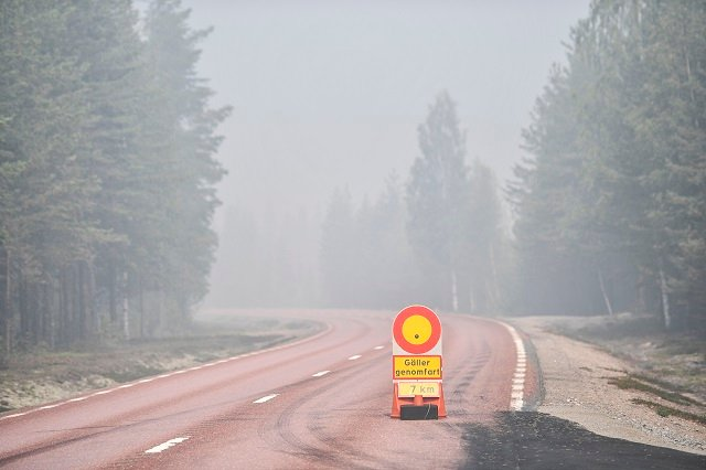 How volunteers are helping to fight Sweden's wildfires