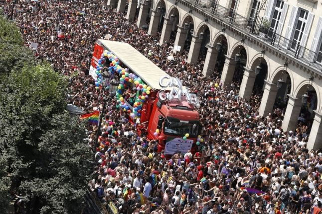 Tens of thousands attend Paris Gay Pride march